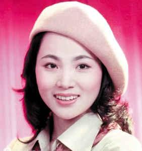 凤飞飞( Fong Fei-fei ) on Mulanci